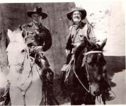 Western Movies - L'amazone aux yeux verts (Tall in the Saddle) 1944 - Documents et Affiches